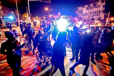 BLM-mobs-smash-windows-in-residential-homes-during-Wisconsin-protests